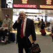 Newt Gingrich got lots of attention from RNC volunteers at the Tampa airport.