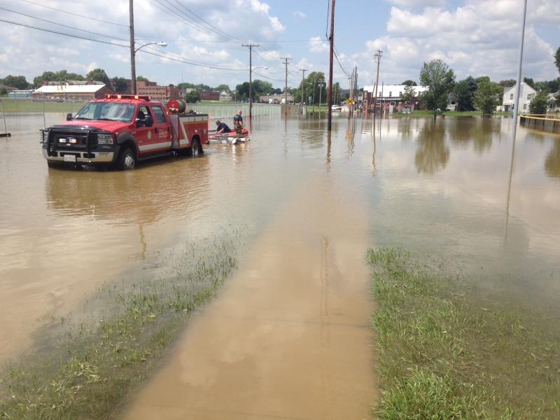 Barberton Ohio : Flooding in Barberton at Wooster Road W. The western part of Summit ...