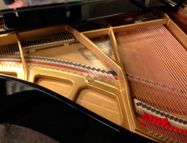 Piano plate